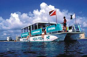 Aqua View boat
