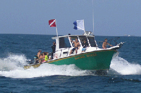 Safari Diver boat